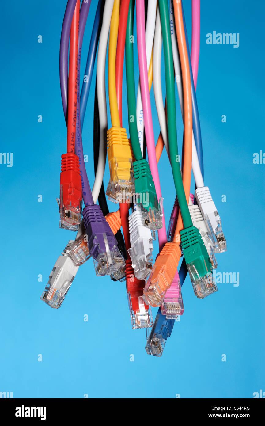 Câbles réseau ordinateur couleur Photo Stock