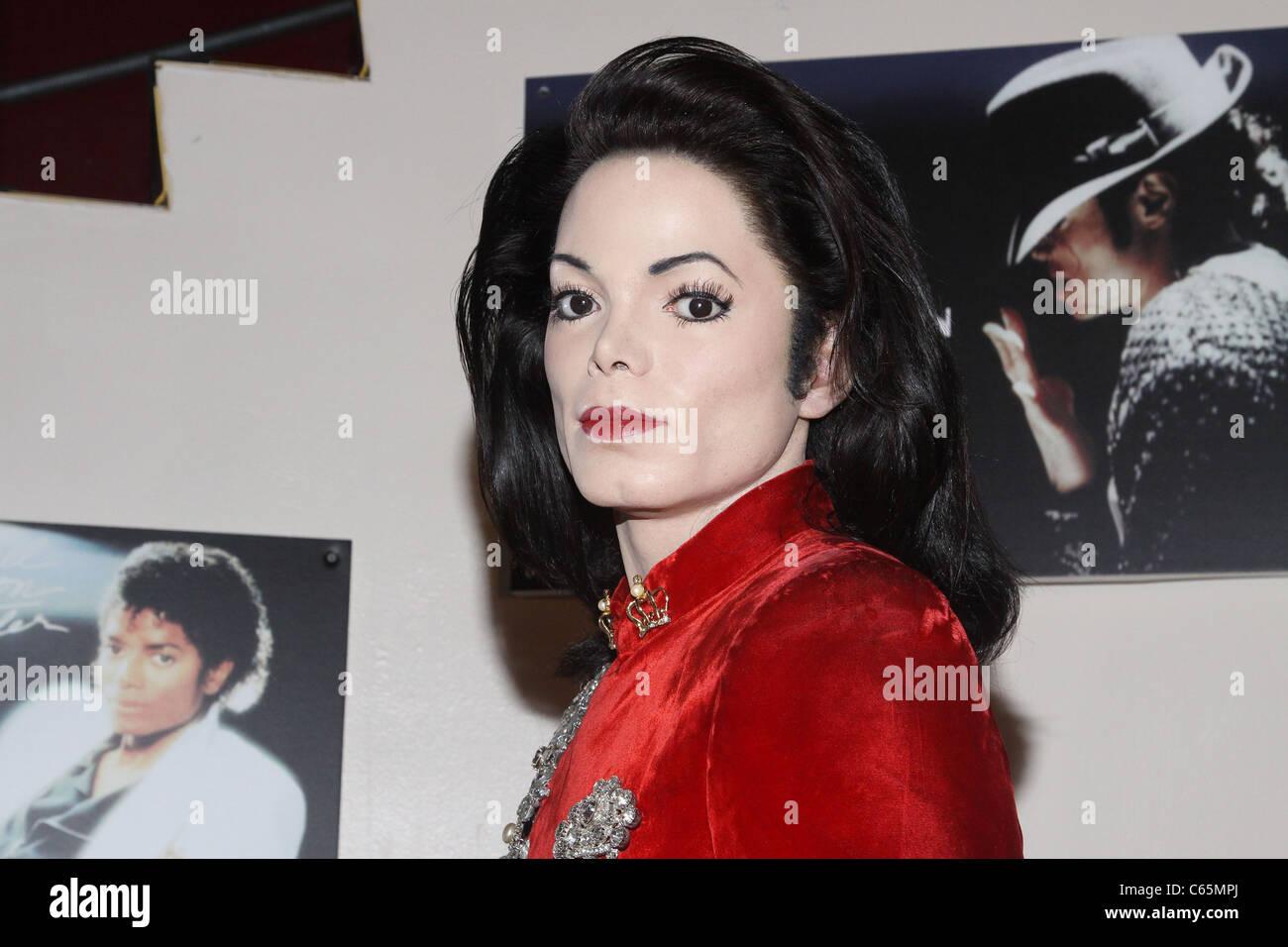 ee41aa2f4ade65 Michael Jackson Cire figure à l intérieur de Michael Jackson Tribute pièce  chez Madame Tussauds