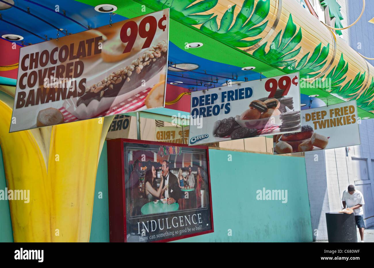Las Vegas, Nevada - signe extérieur d'une publicité casino casse-croûte malsains. Photo Stock