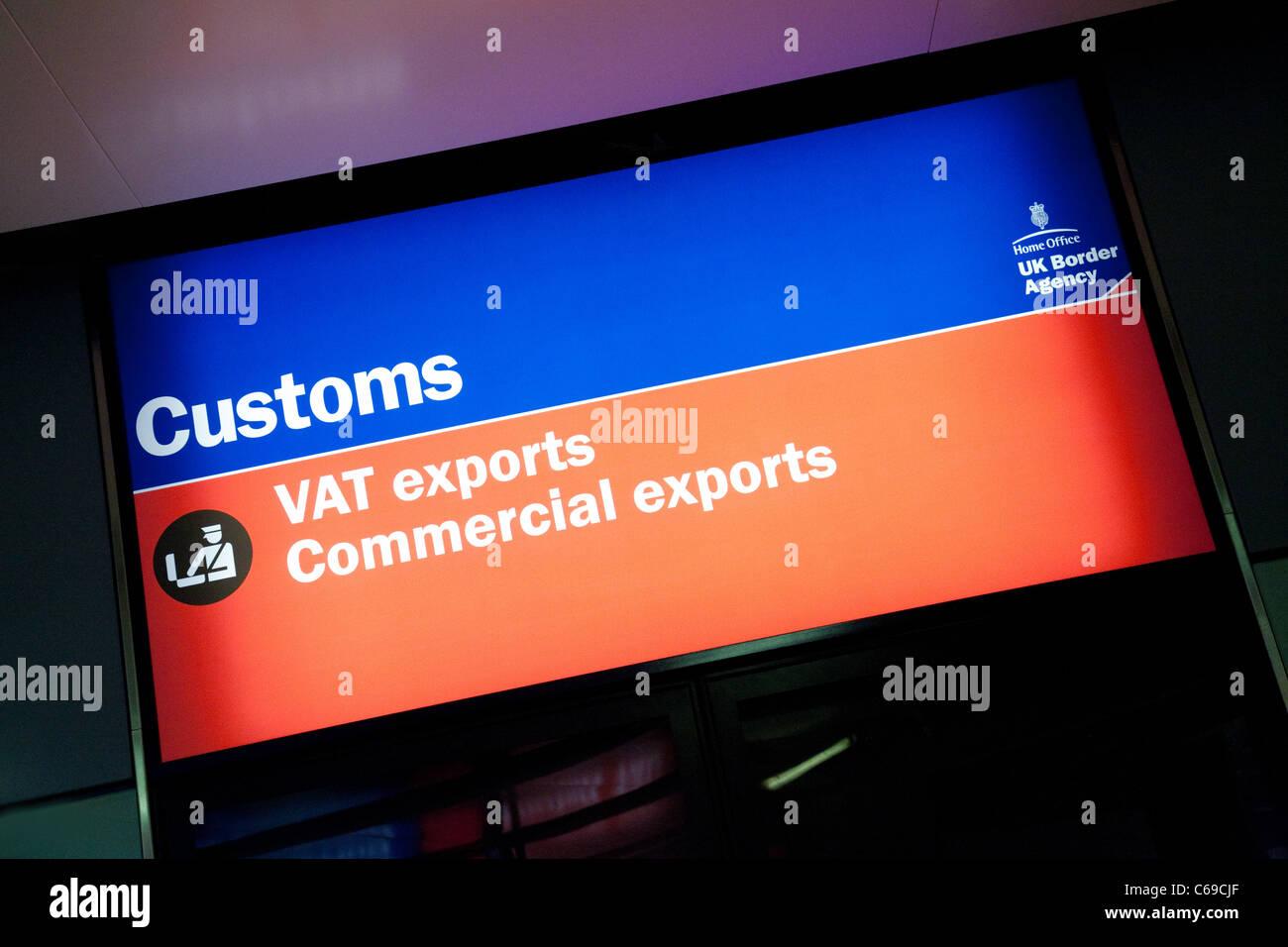 UK Border Agency signe des douanes , la borne 3 de l'aéroport Heathrow de Londres, UK Photo Stock