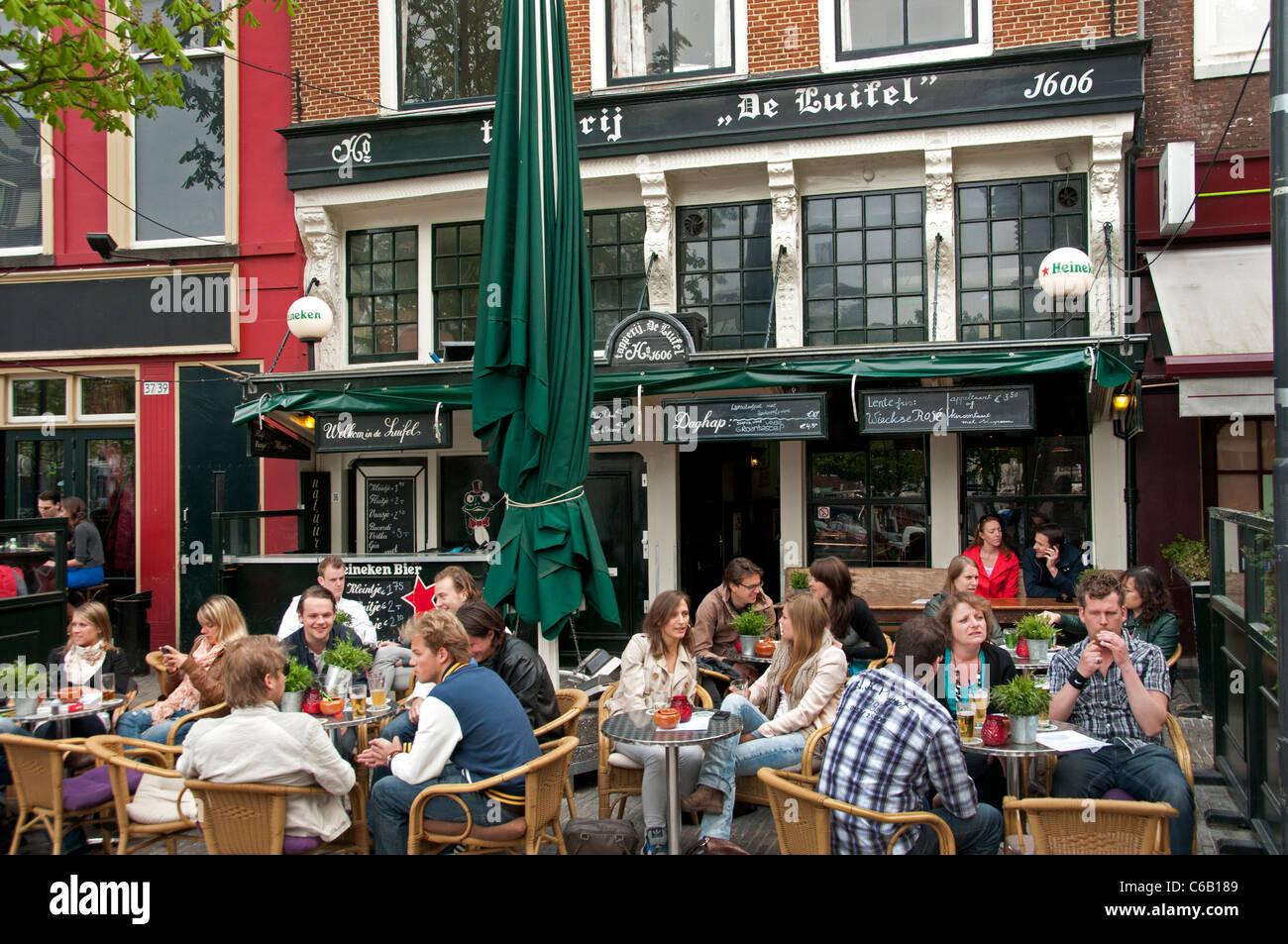 Utrecht Pays-Bas pub bar restaurant de la chaussée Photo Stock