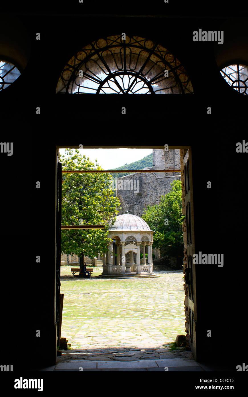 Porte ouverte Banque D'Images