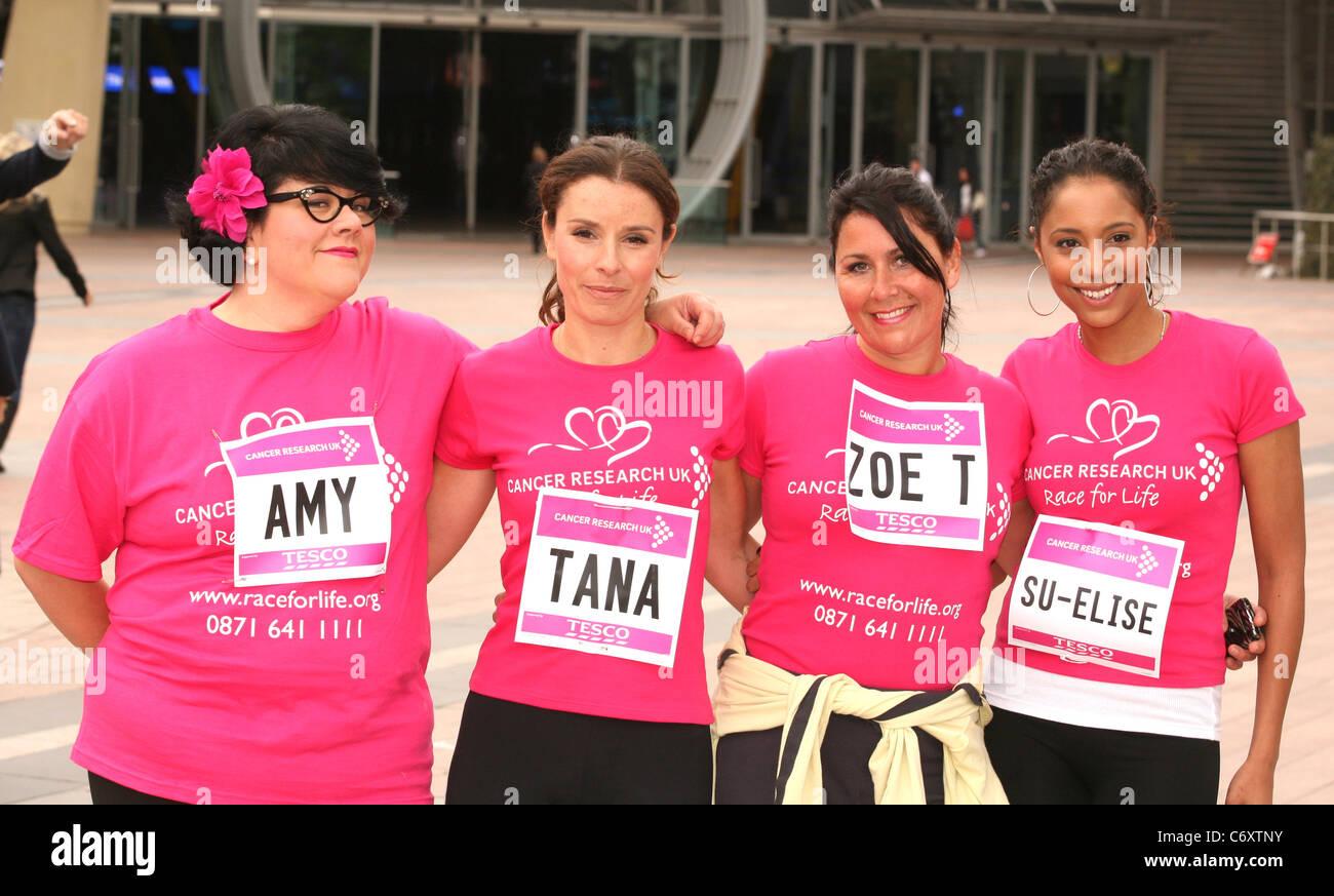 Amy boiteux, Tana Ramsay, Zoe Tyler et Su-Elise Nash 2010 La course à la vie de Cancer Research UK à l'O2 Arena de Londres, Banque D'Images