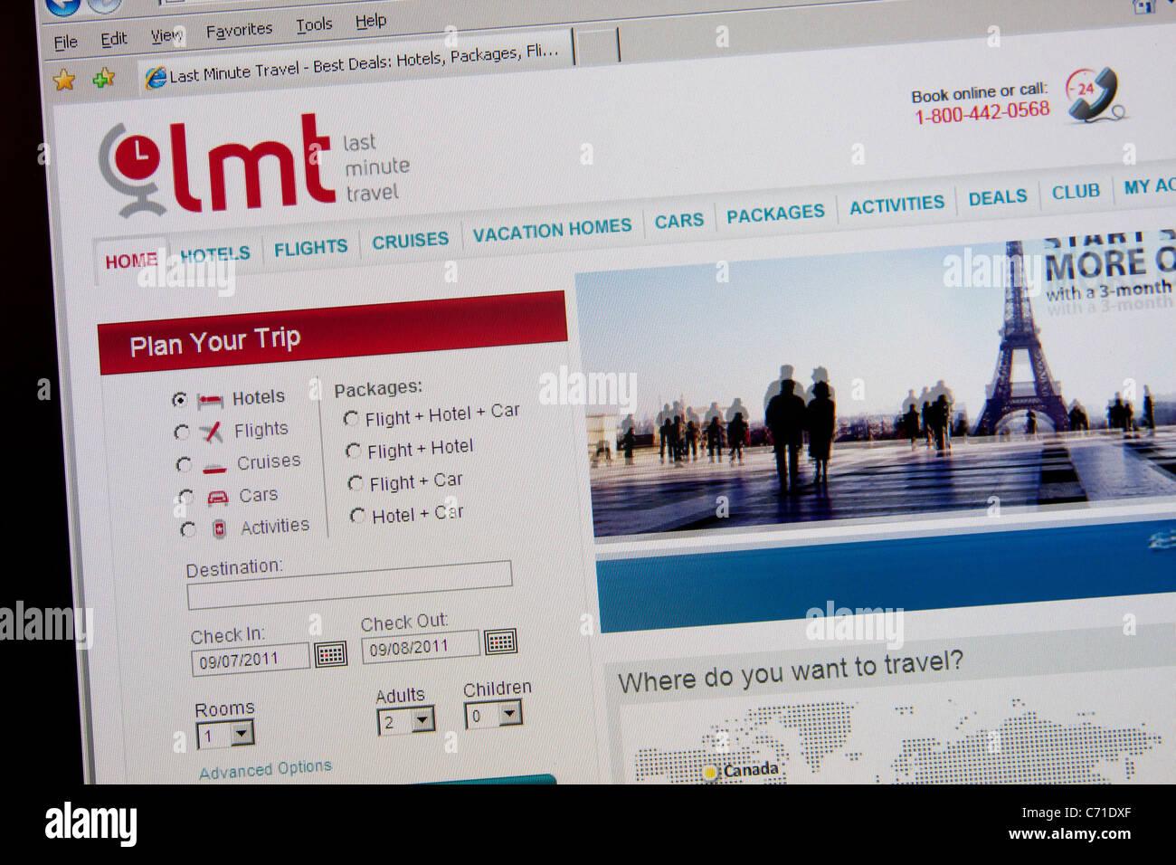 Réservation en ligne de dernière minute site web de voyage Photo Stock