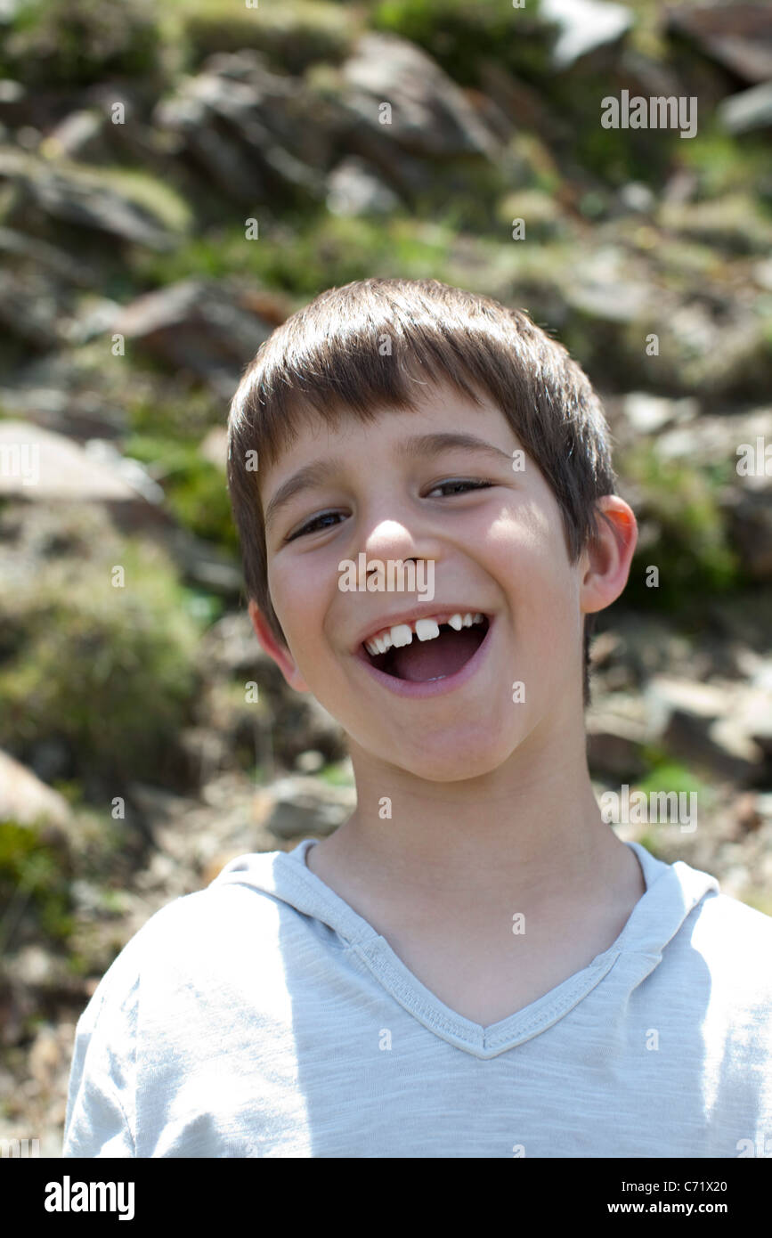 Boy laughing, portrait Photo Stock