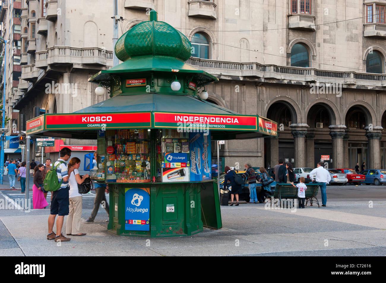 La Plaza Independencia, Kiosque, Montevideo, Uruguay Photo Stock