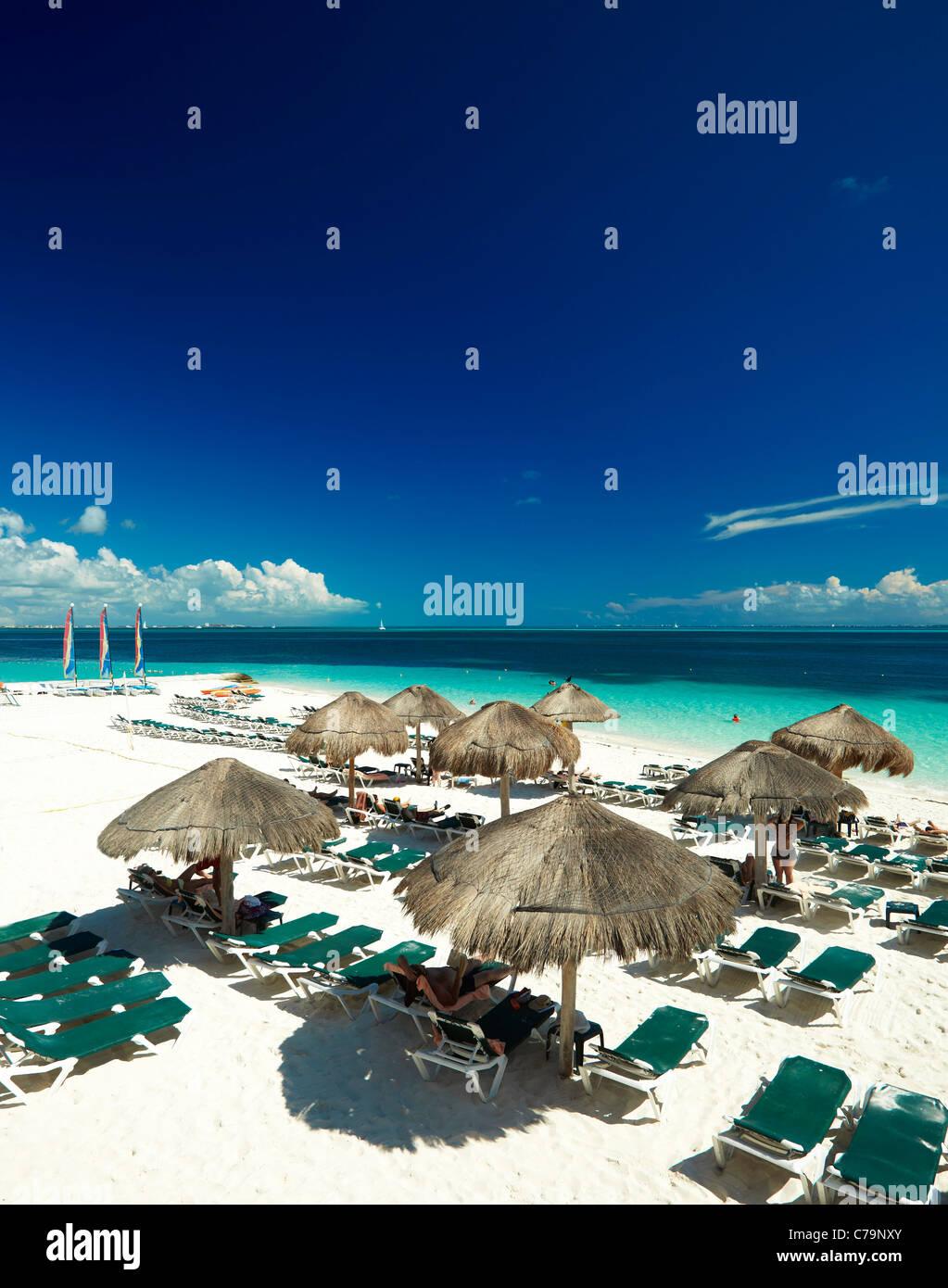 Plage de Cancun au Mexique Photo Stock