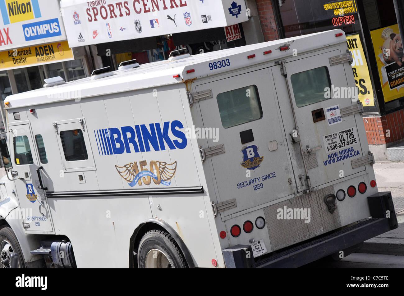 Véhicule de sécurité Brinks Photo Stock