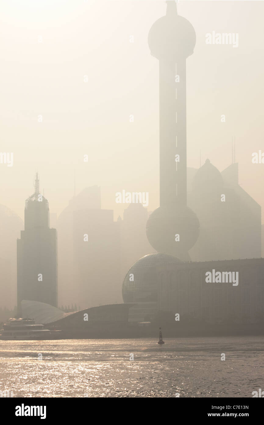 Aube sur Pudong, Shanghai, Chine Photo Stock