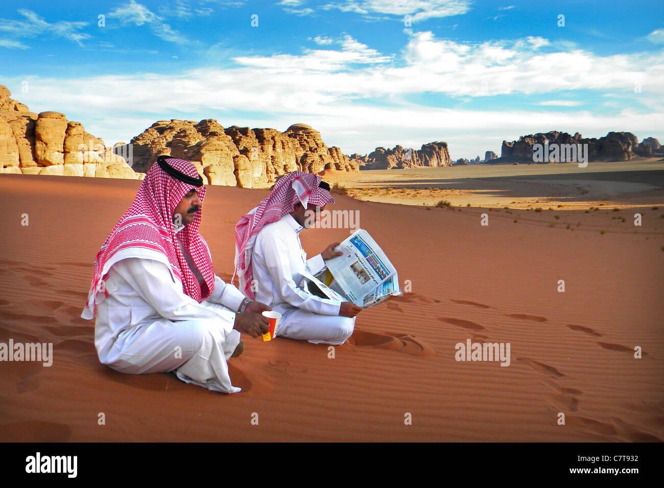 L'Arabie saoudite, l'homme dans le désert Photo Stock