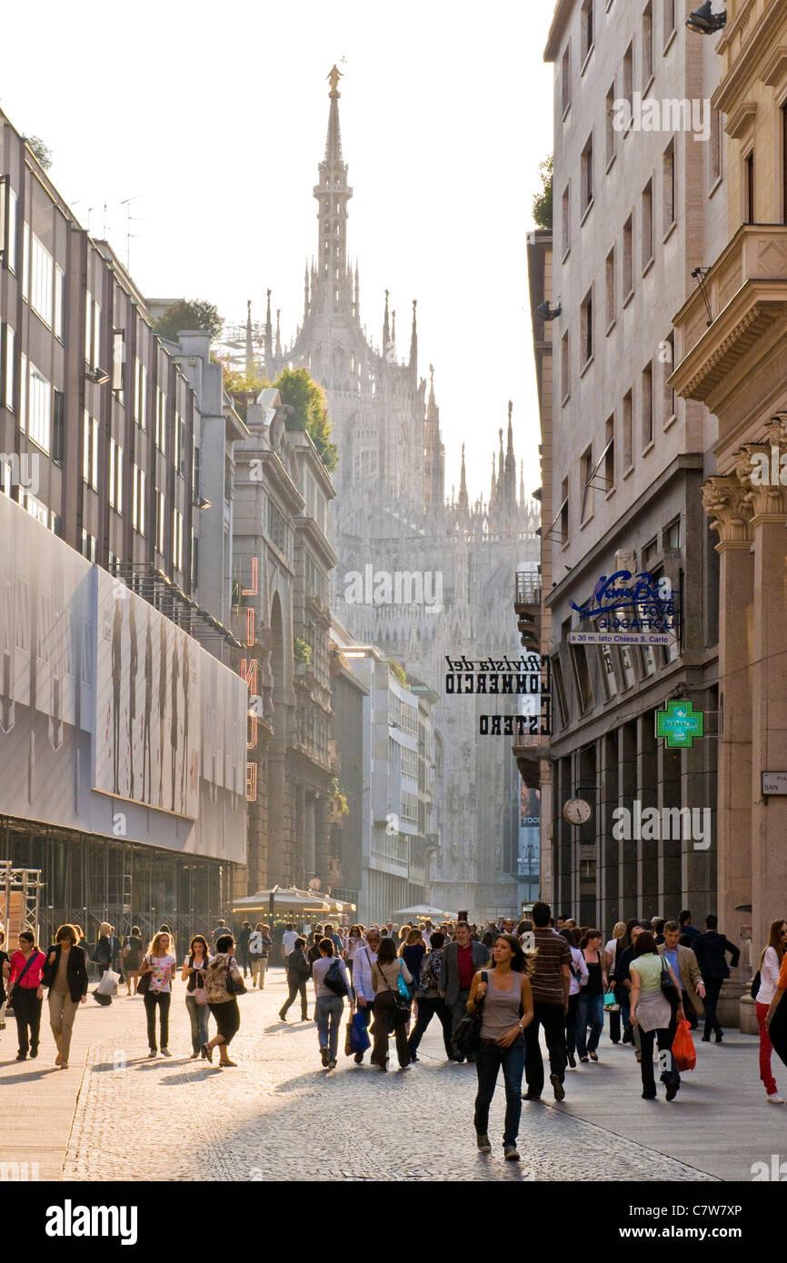 L'Italie, Lombardie, Milan, Corso Vittorio Emanuele Photo Stock