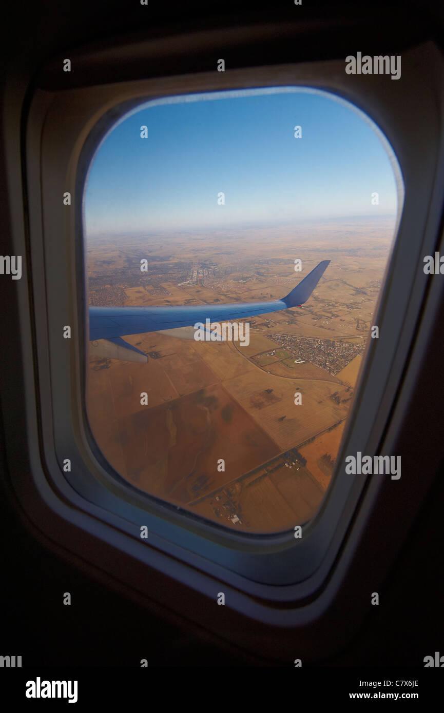 Vue de la fenêtre de l'avion Banque D'Images
