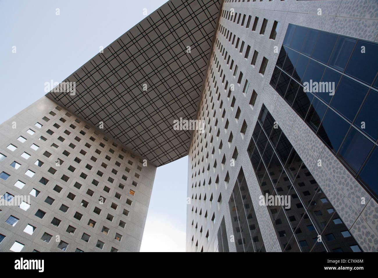 Paris - l'architecture moderne à partir de la Défense nationale Photo Stock