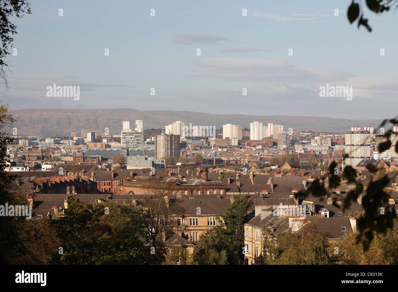 Vue en direction nord sur la ville de Glasgow Skyline de Queen's Park, Ecosse, Royaume-Uni Banque D'Images