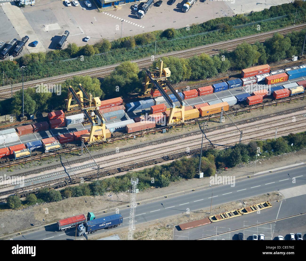 Terminal Conteneurs Rail-route Tilbury, Essex, Angleterre du Sud-Est Photo Stock