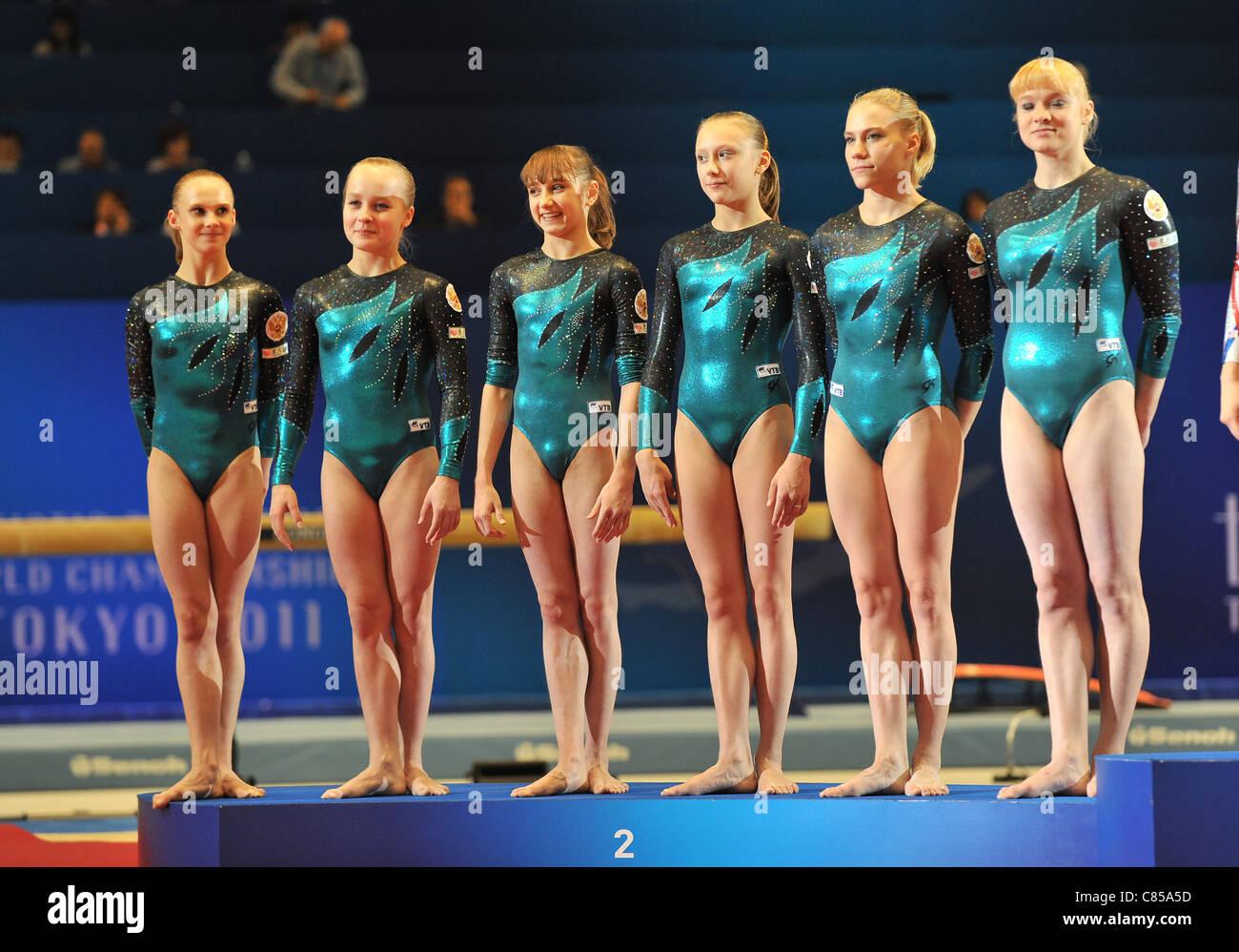 Russie (RUS) L'équipe de line-up durant l'édition 2011 du Championnat du monde de gymnastique Photo Stock
