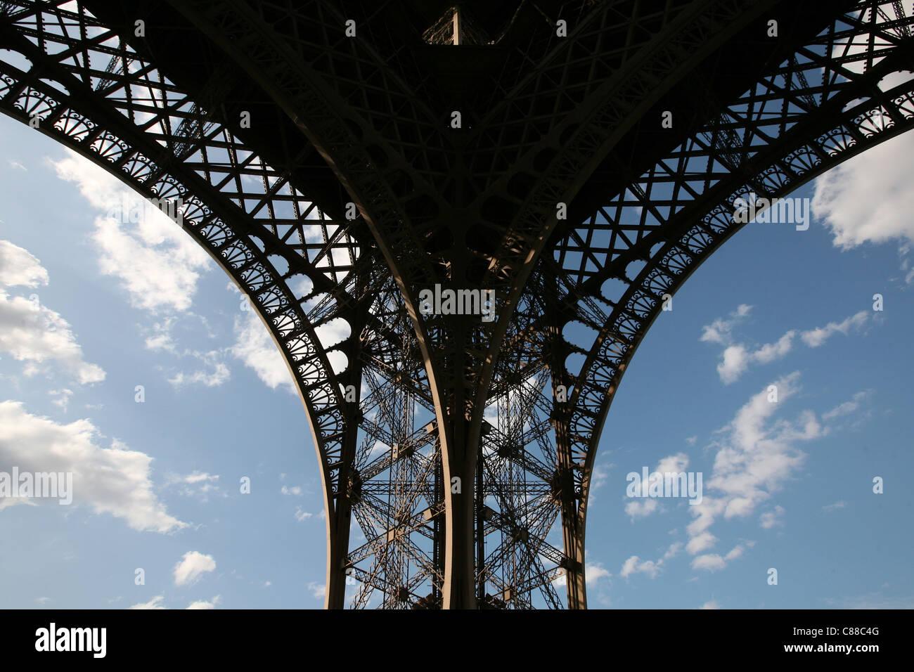 La Tour Eiffel à Paris, France. Banque D'Images