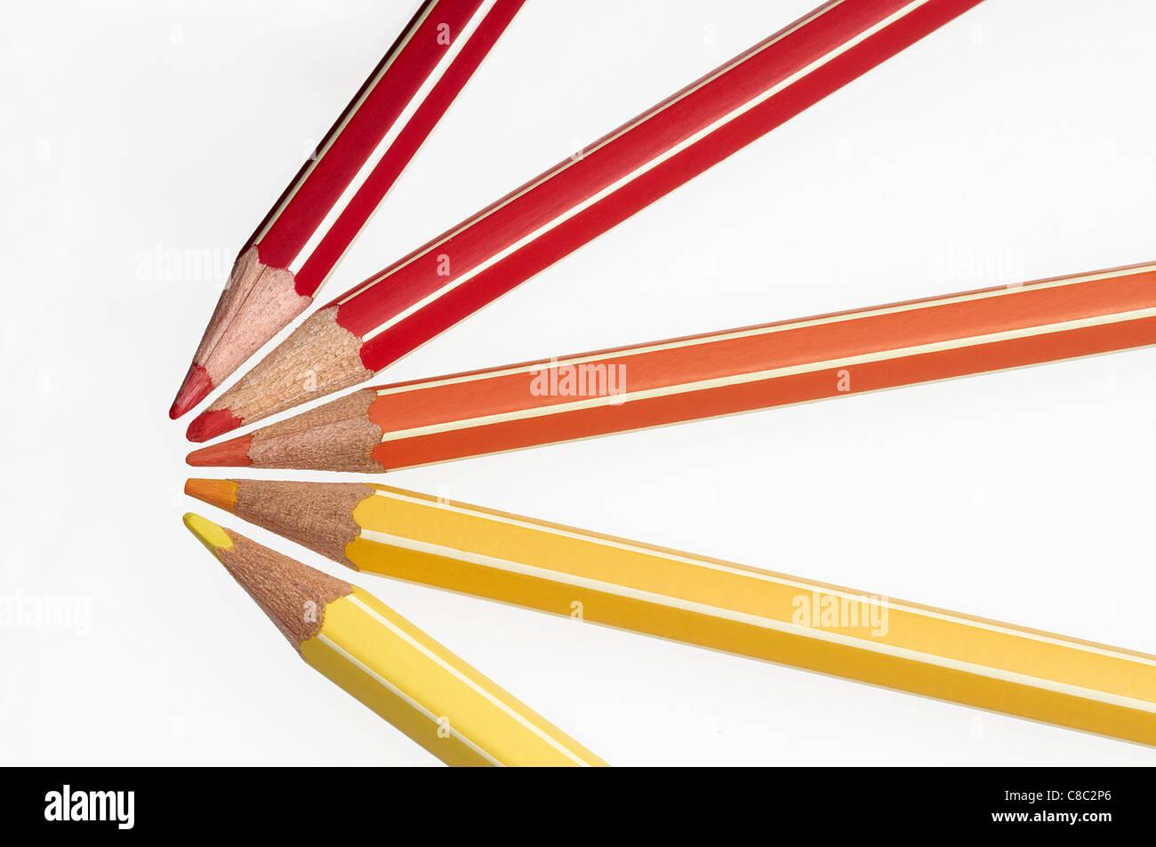 Stylos Crayons De Couleurs Pastels Dessiner Dessin Coloriage