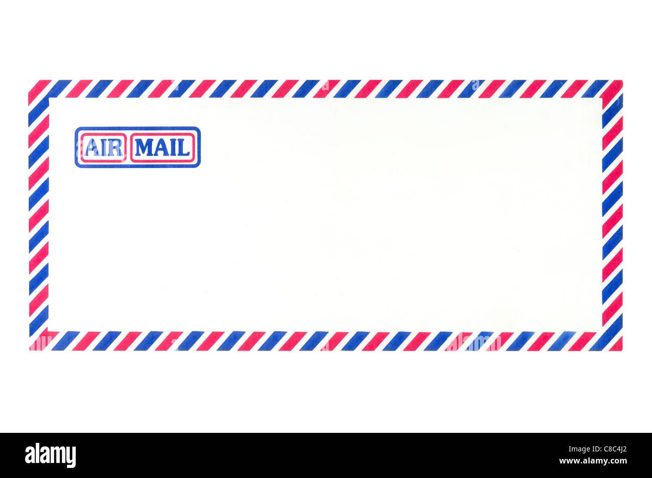 Enveloppe Poste aérienne sur fond blanc Banque D'Images