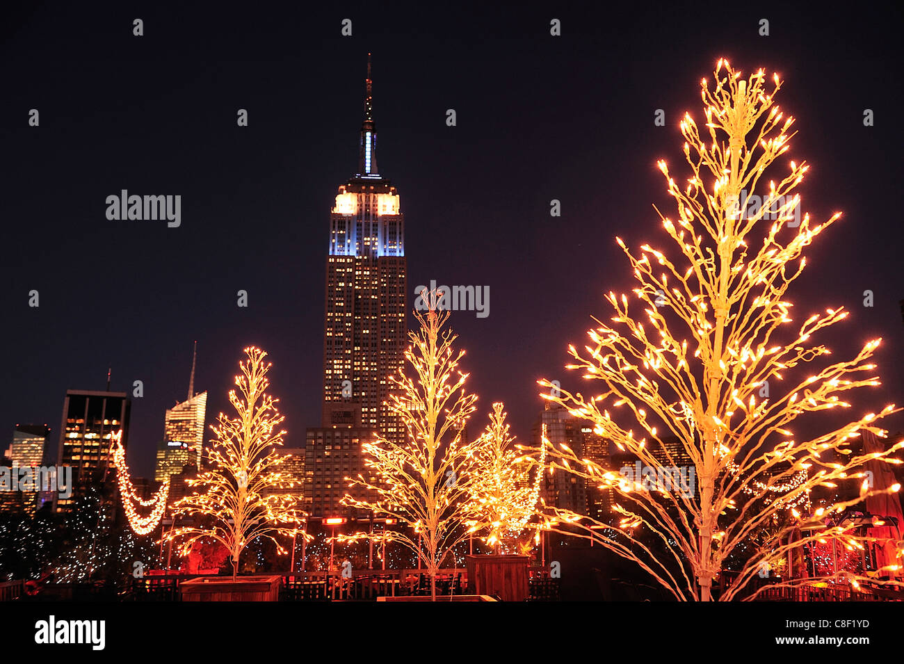 Noël, décoration, Empire State Building, Manhattan, New York, USA, United States, Amérique, nuit Photo Stock