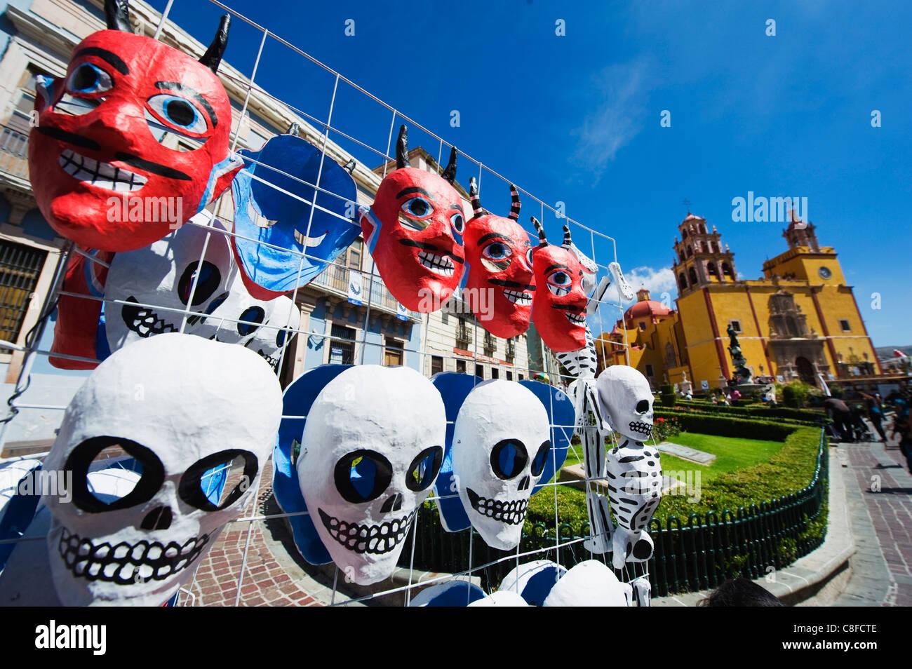 Les masques, de la rue du marché, de la Basilique de Nuestra Señora de Guanajuato, Guanajuato, UNESCO Photo Stock