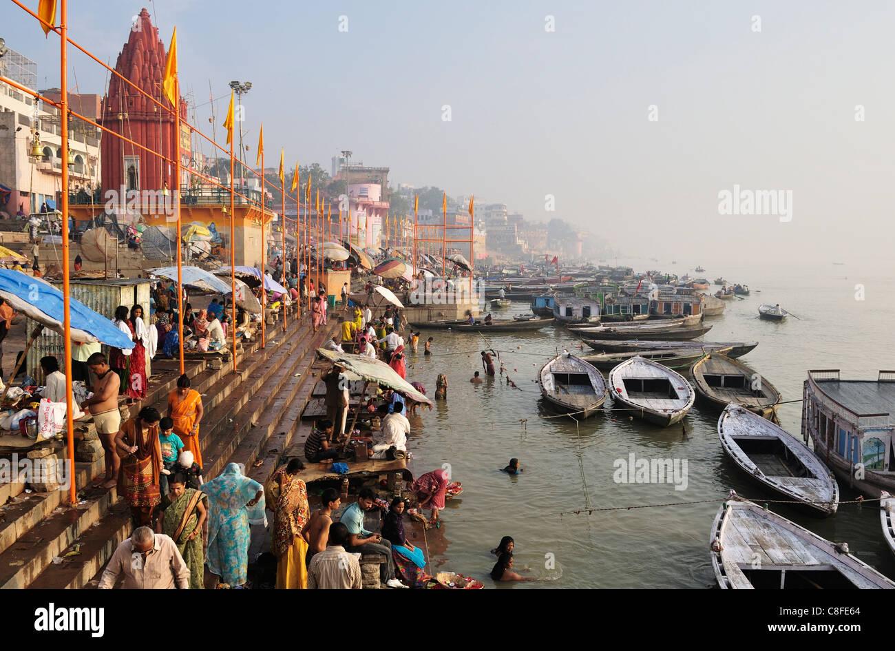 Ghats sur le Gange, Varanasi (Bénarès, Uttar Pradesh, Inde Photo Stock