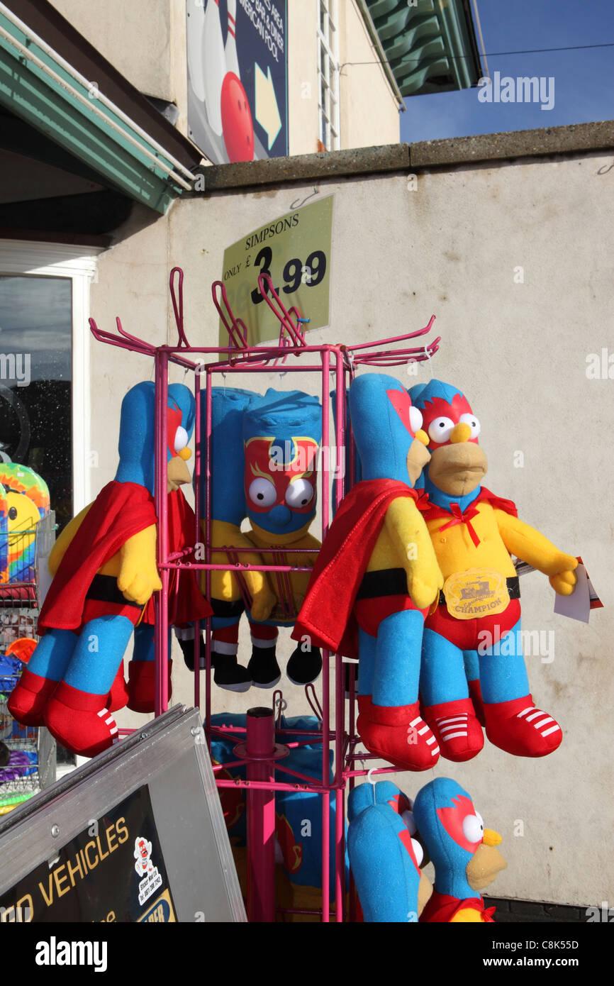 'Simpsons contrefaits, de marchandises des faux Homer en costume de superman en vente en boutique de Great Yarmouth, Norfolk, UK Banque D'Images