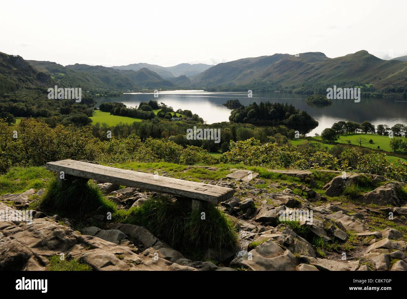 Avis de Derwent Water de Castlehead Keswick Bois Photo Stock
