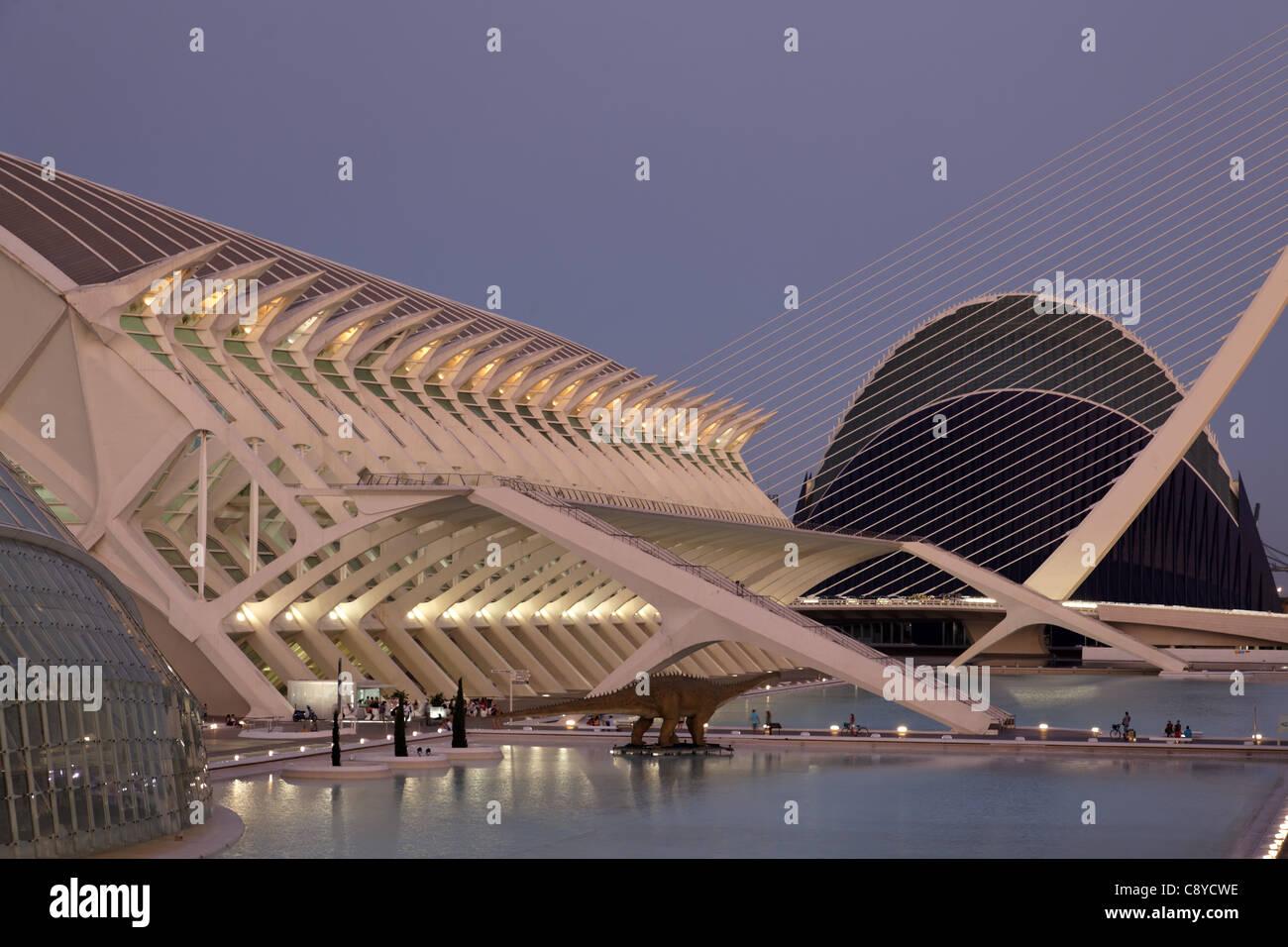 Cité des sciences et des arts par l'architecte Santiago Calatrava, Valencia , Espagne Banque D'Images