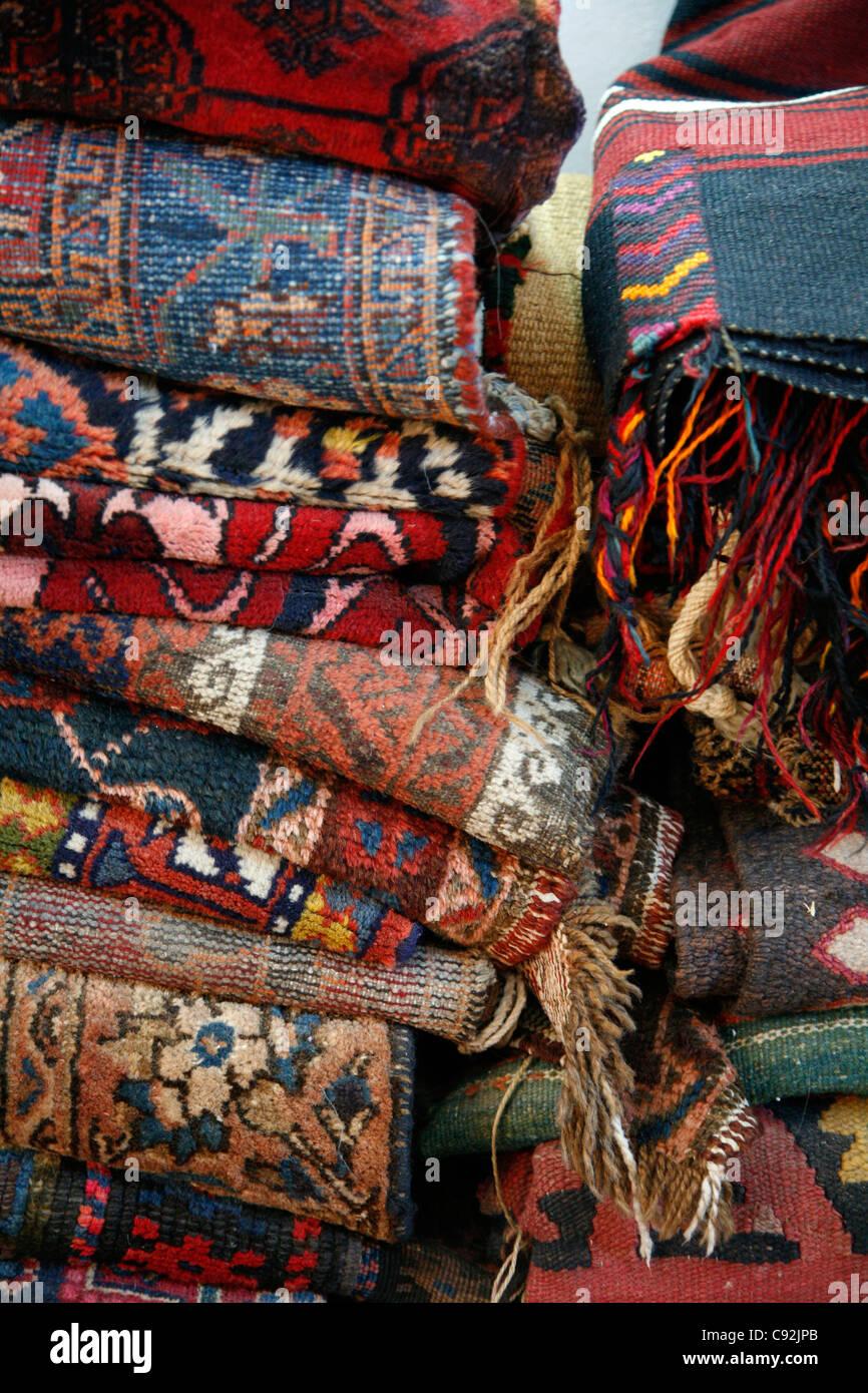 Madaba kilims à Alaydi centre artisanal de la Jordanie, Amman, Jordanie. Photo Stock