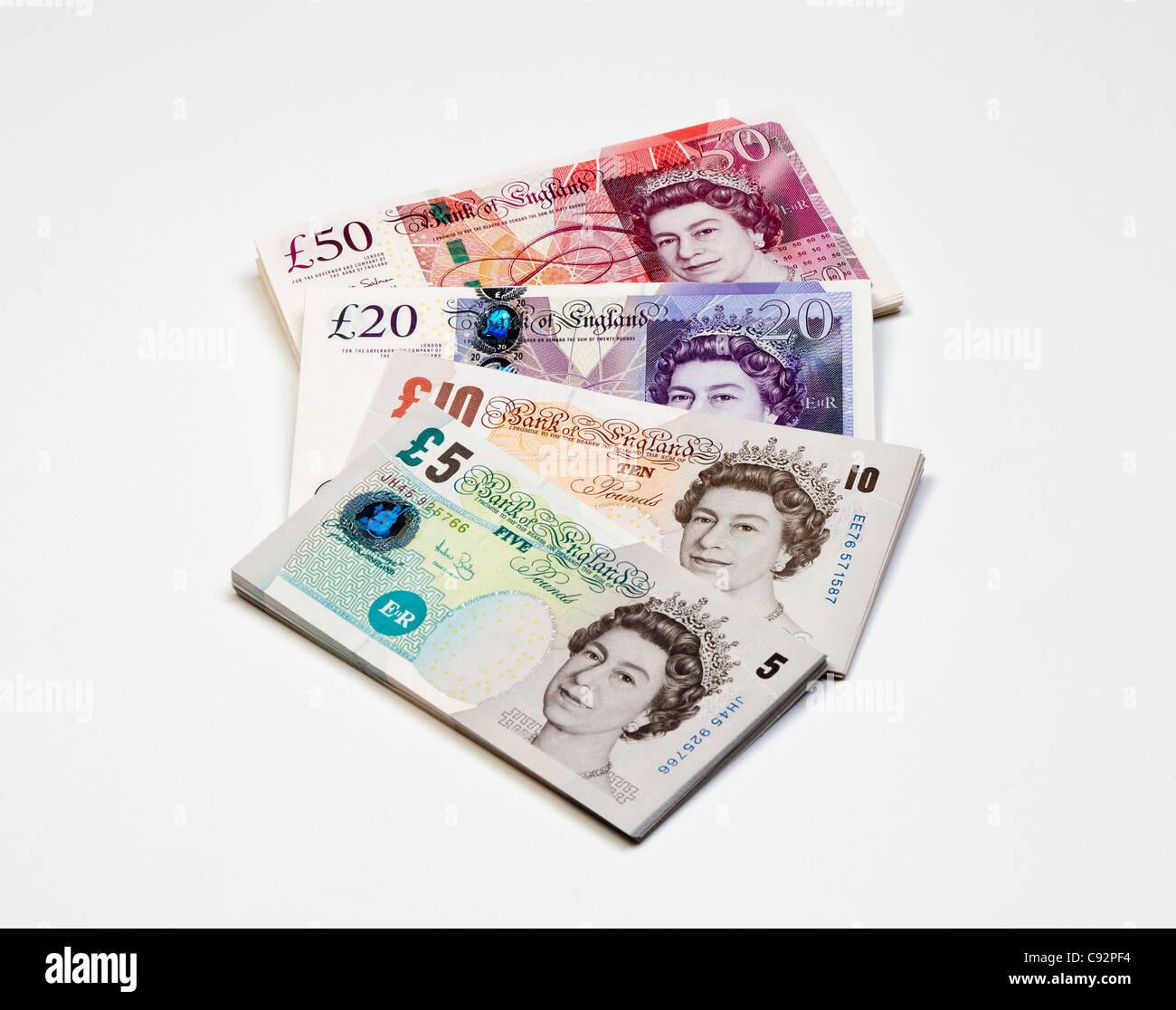 De nouveaux billets de banque britannique 50 20 105 livres sterling Banque D'Images