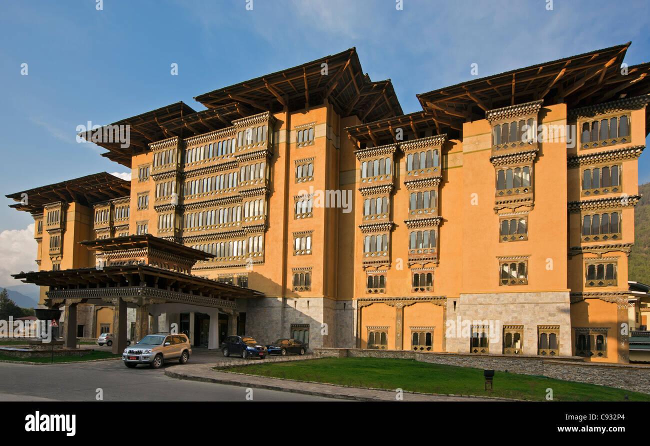 L'hôtel Taj Tashi est le plus grand et probablement le meilleur hôtel dans le centre de Thimphu. Photo Stock