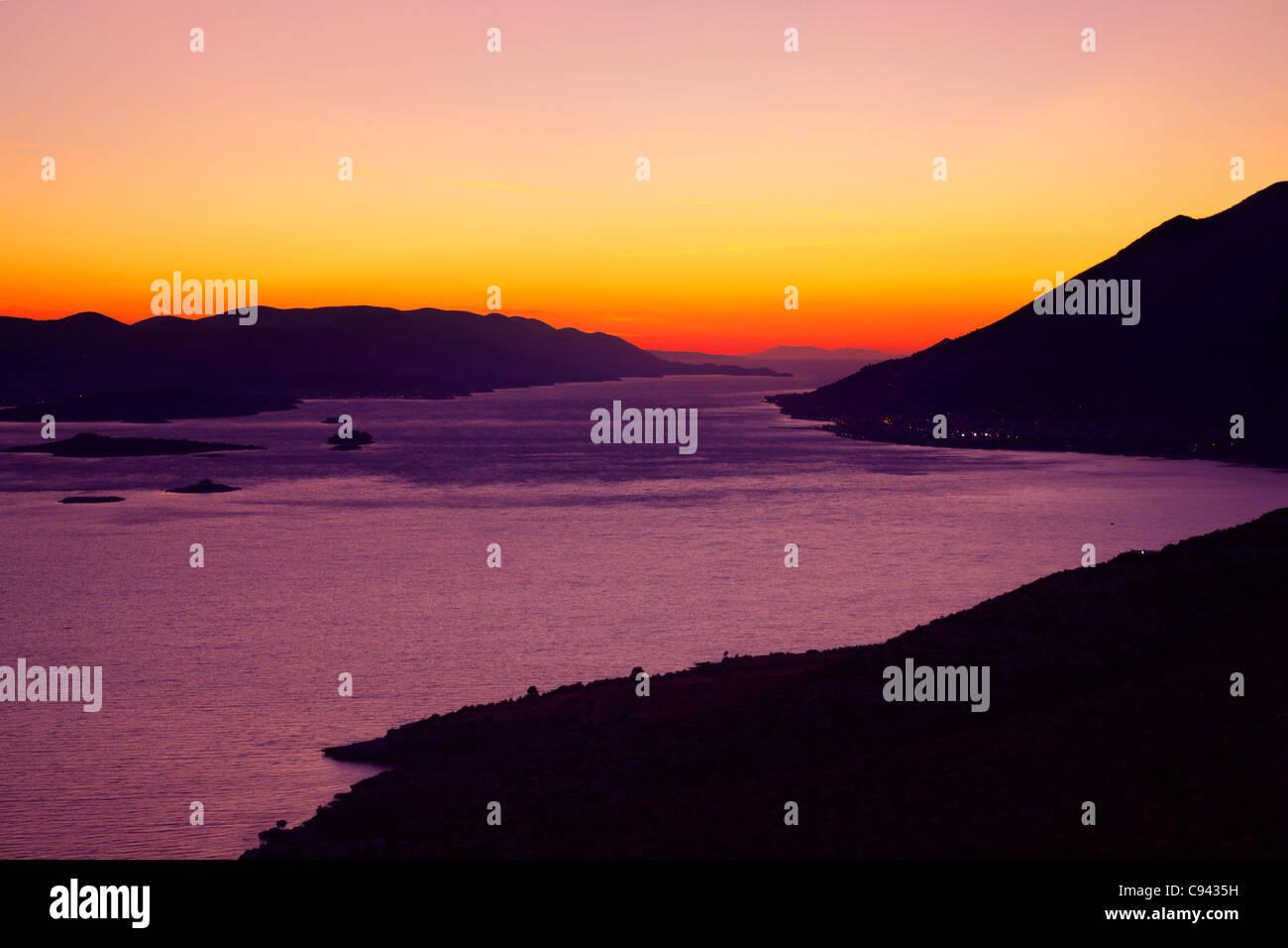 Coucher de soleil sur l'île de Korcula Photo Stock