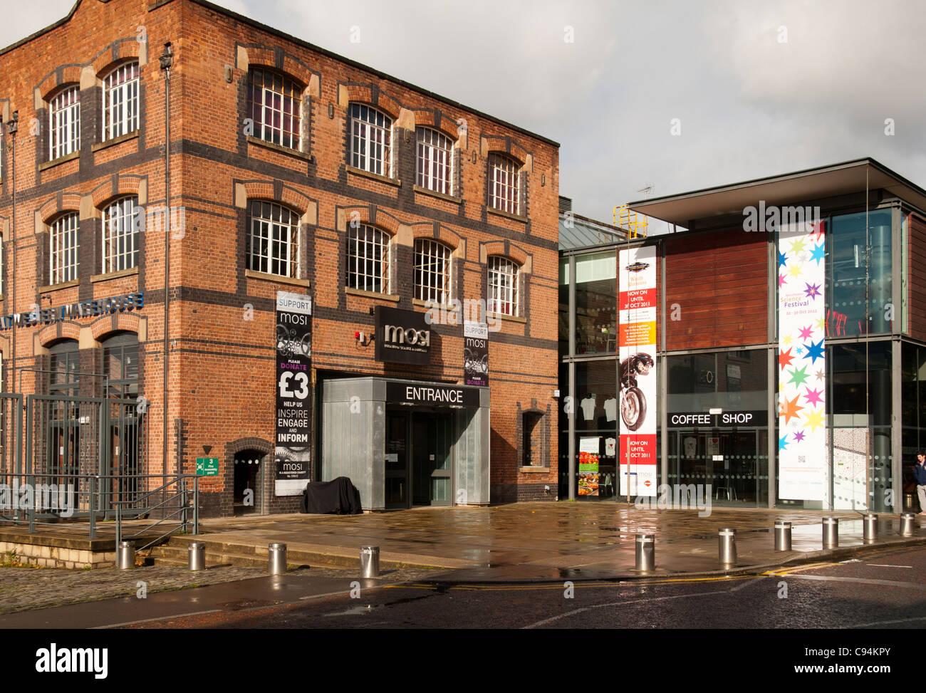 L'entrée au Musée des sciences et de l'industrie, Rue Byrom, Manchester, Angleterre, RU Photo Stock