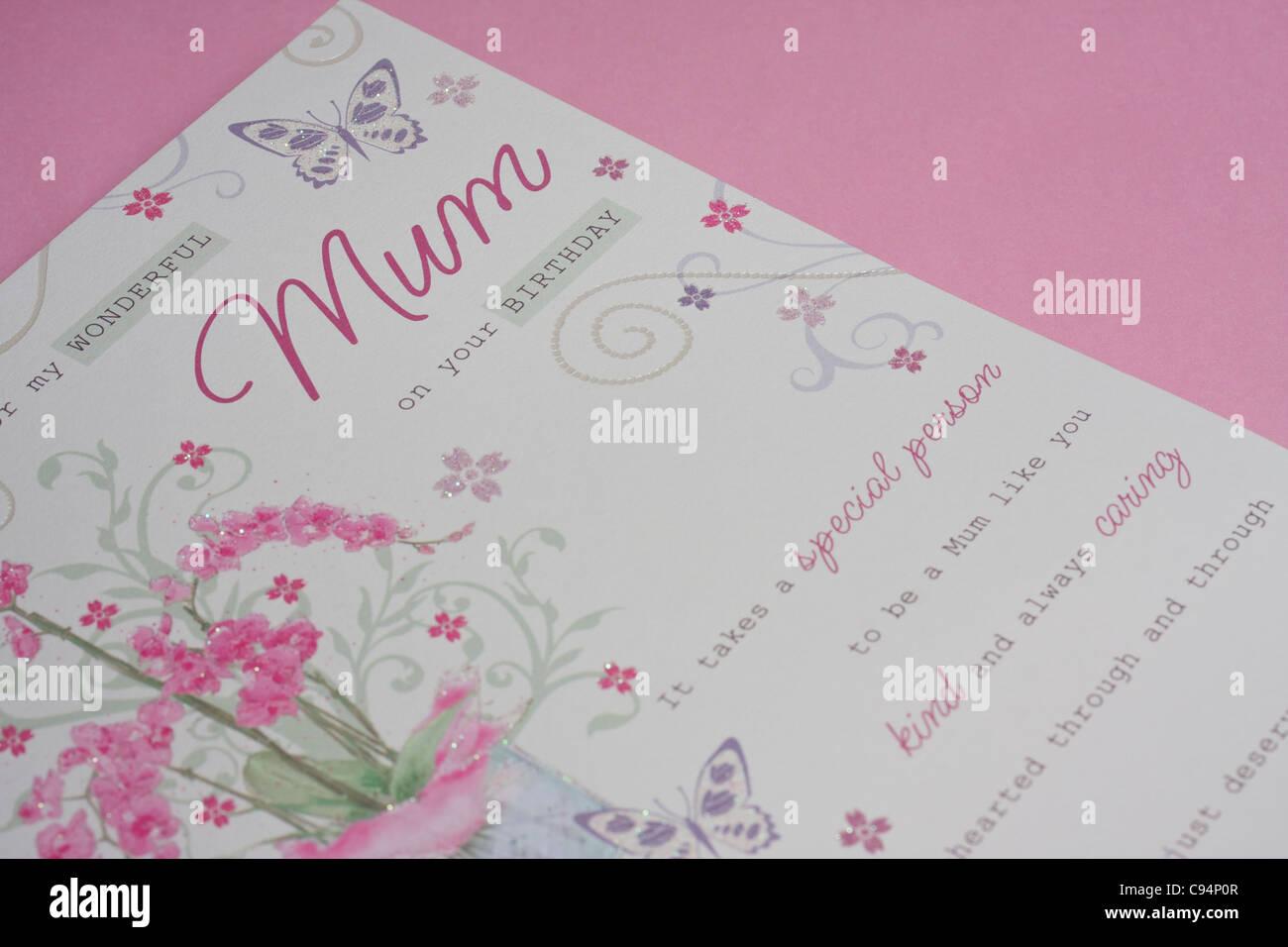 Carte Danniversaire Sur Fond Rose Pour Maman Laccent Sur