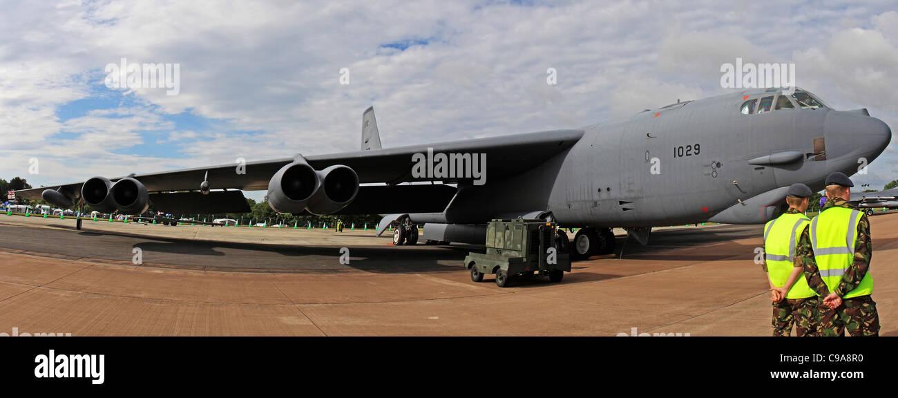 Boeing B-52H Stratofortress est une longue distance, à réaction subsonique, bombardier stratégique conçu et construit par Boeing Banque D'Images