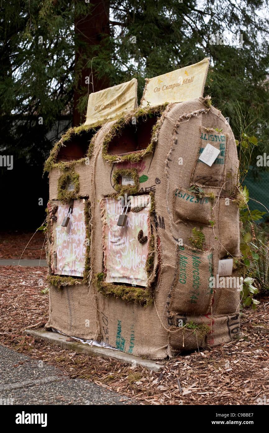 Environmental Friendly boîte aux lettres sur le campus de l'Université de Washington Seattle, État Photo Stock