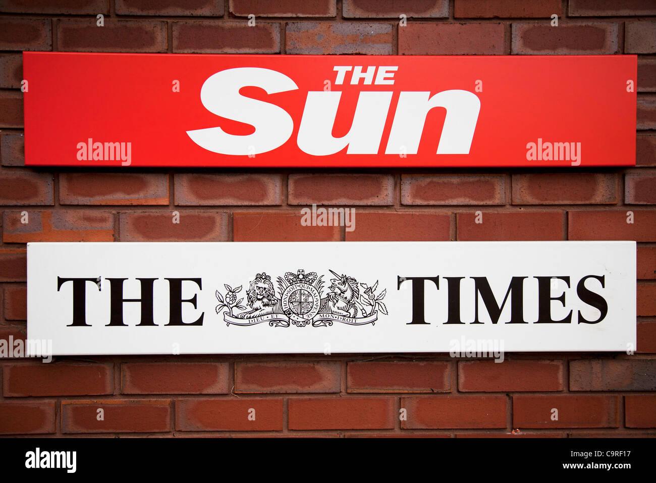 Devant les bureaux de la sun newspaper pennington street londres