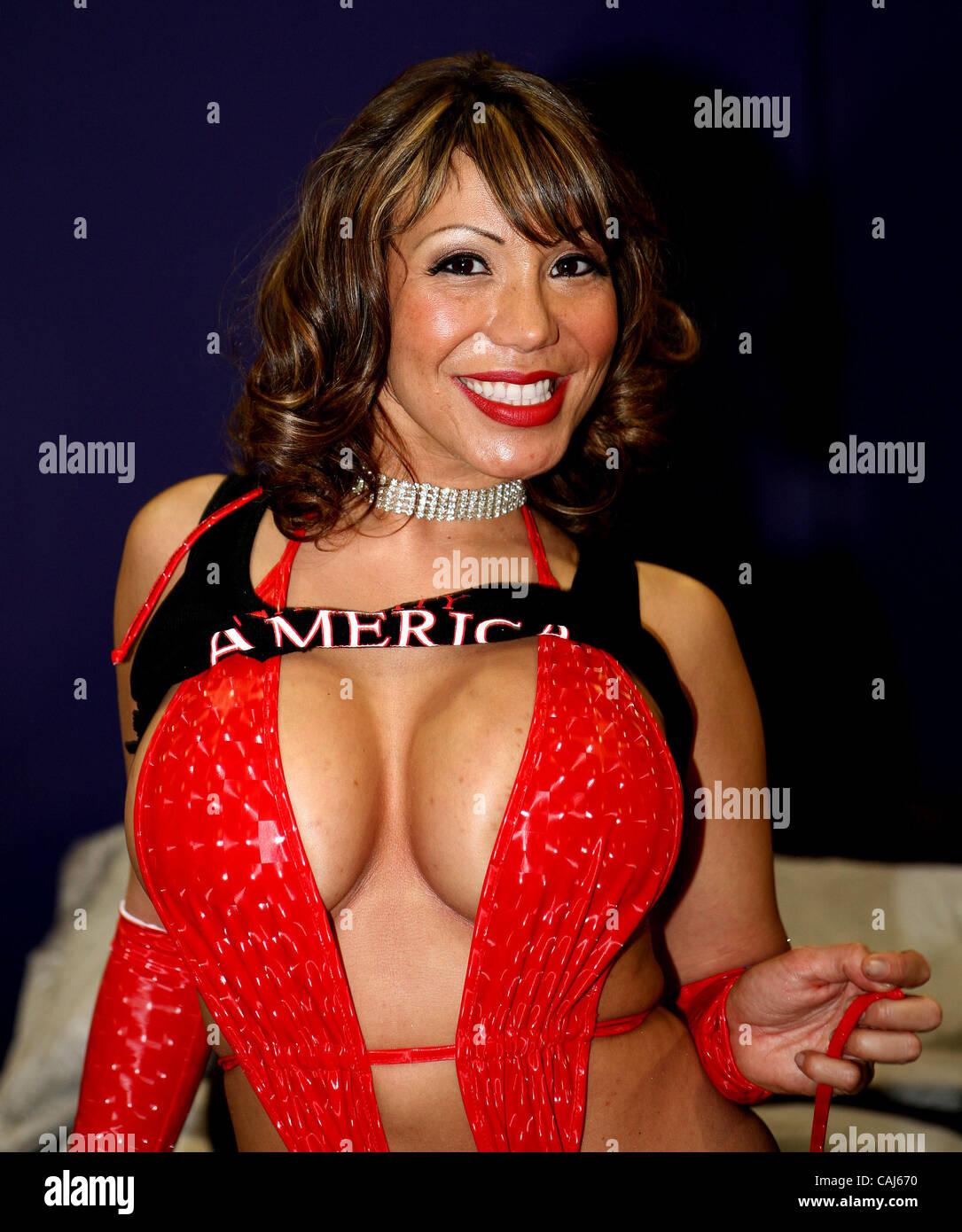 Ava Devine ava devine de naughty america à l'avn divertissement pour