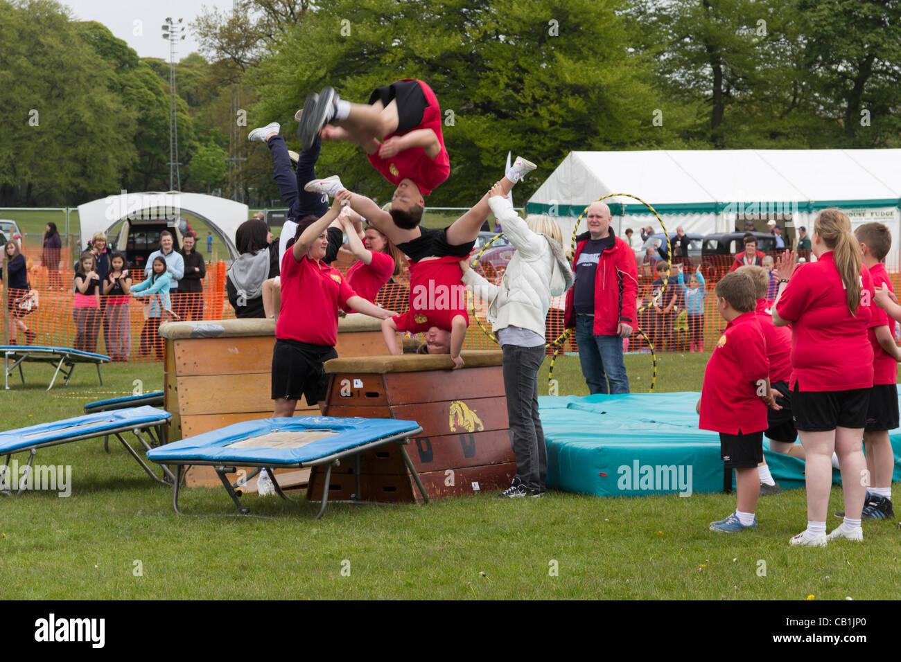 Dimanche 20 mai 2012, Witton Country Park, Blackburn en Angleterre. Les jeunes de l'après 5000 l'équipe Photo Stock
