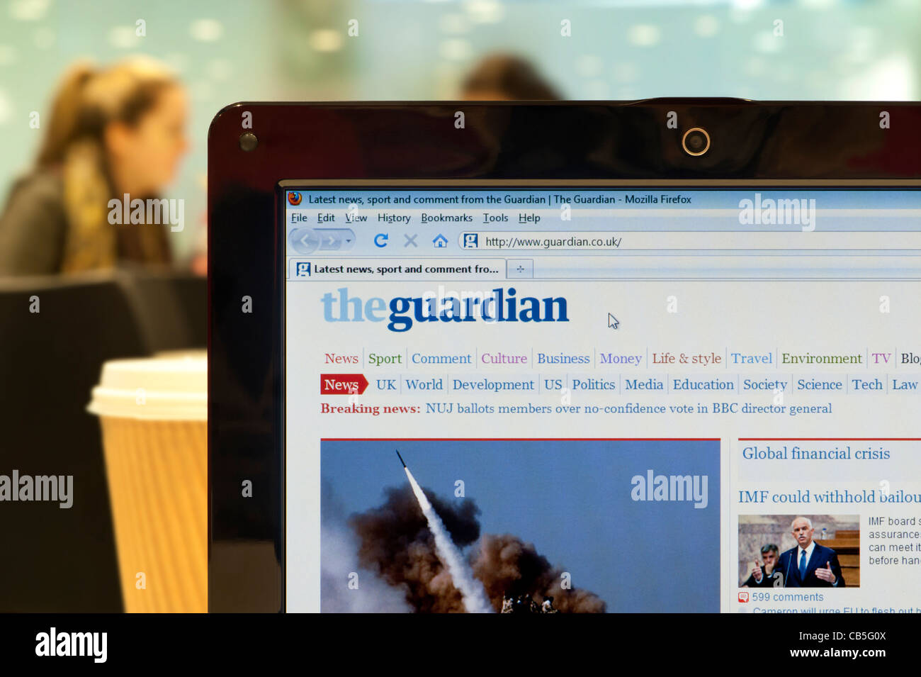 Le journal The Guardian website tourné dans un éditorial (utilisez uniquement: -Print, télévision, Photo Stock