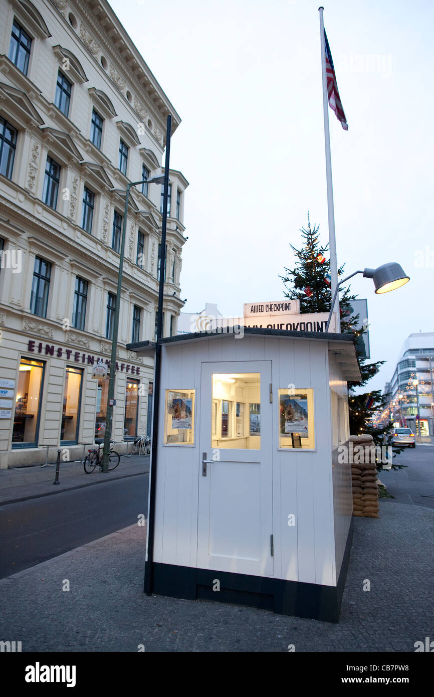 Checkpoint Charlie, Berlin Est, l'Allemagne, l'Europe. Photo:Jeff Gilbert Photo Stock