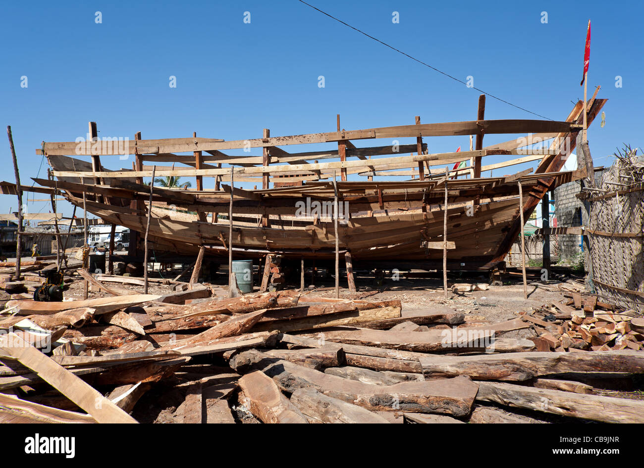 La construction d'un bateau de pêche traditionnel. Vanakbara chantier naval. Diu. Territoires de l'Union européenne, Banque D'Images