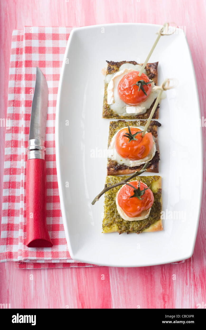 Les asperges et fromage de chèvre pizzetta Banque D'Images