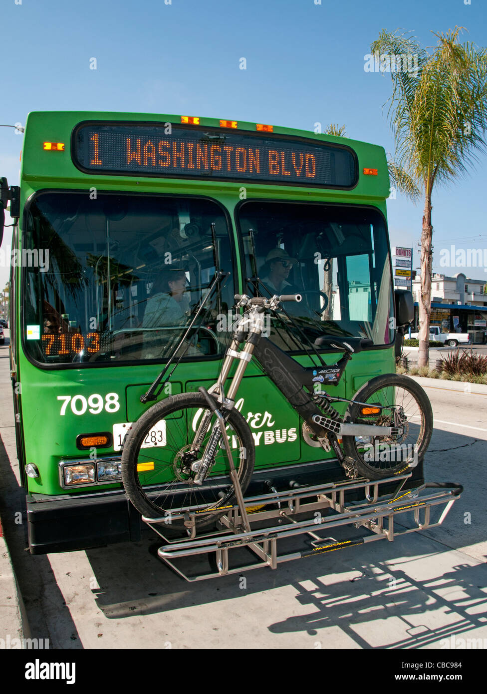 Transport bus vélo Boulevard Washington États-Unis Californie Los Angeles Photo Stock