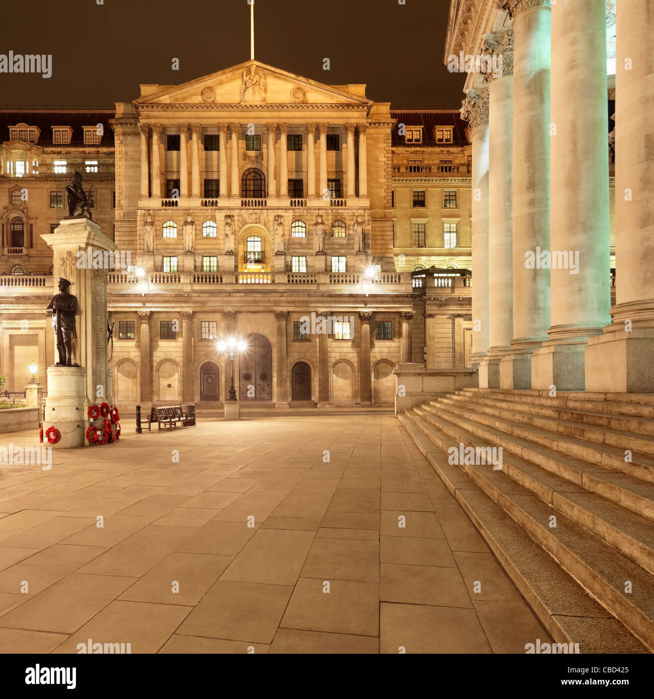 Banque d'Angleterre lit up at night Photo Stock