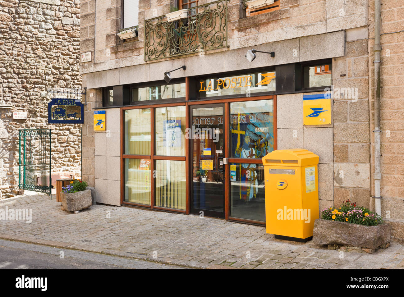 La poste bureau de poste france banque dimages photo stock