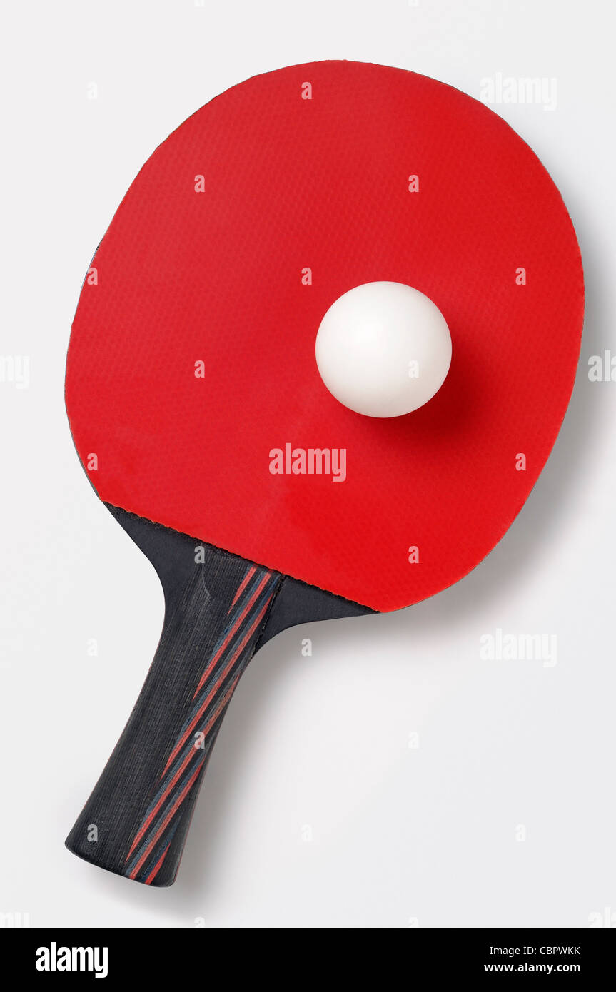 Raquette de Tennis de table et la balle, Cut Out. Photo Stock