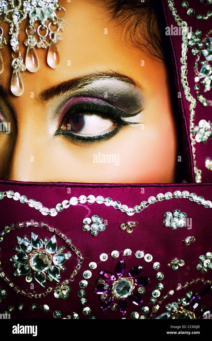 Mariée indienne à la suite Banque D'Images