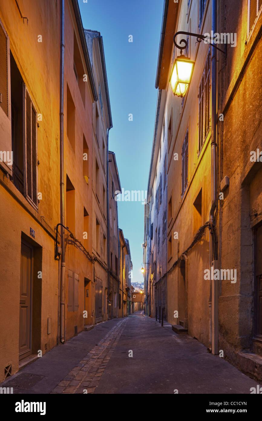 Old street dans le coeur médiéval de Aix-en-Provence, France Photo Stock